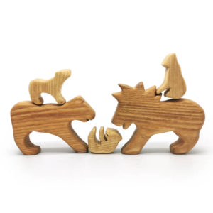 Wooden Lion Family